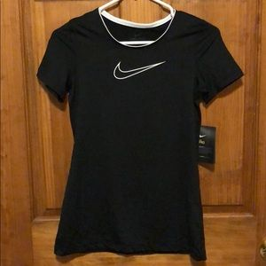 Girls Nike Dri-fit T-shirt black XL